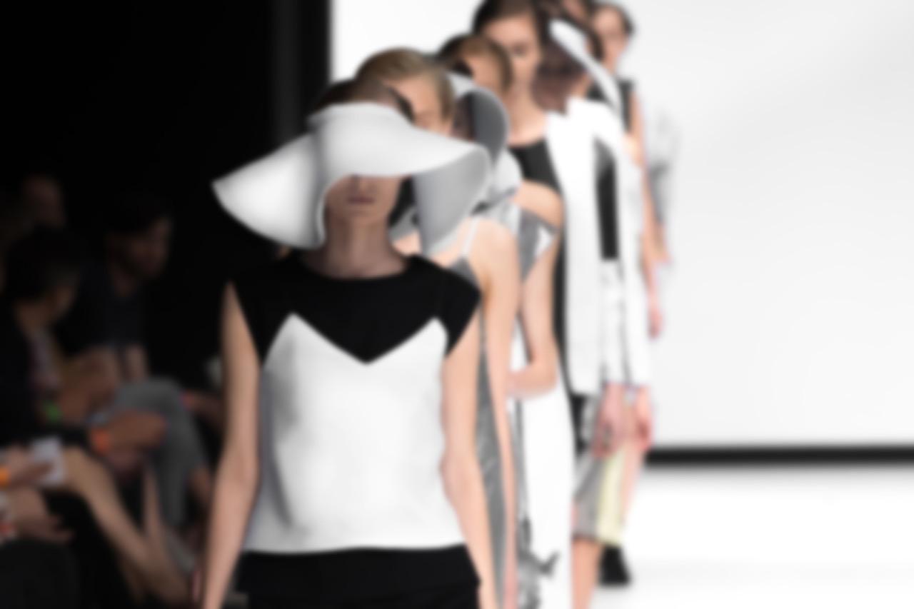 Mi.La Comunicazione - Fashion Il trend è l'abito rigato 1