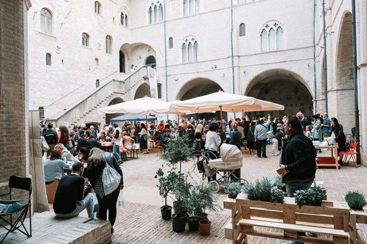 Mi.La Comunicazione - Made in Italy Week hand Festival a Foligno: un'edizione spaziale 5